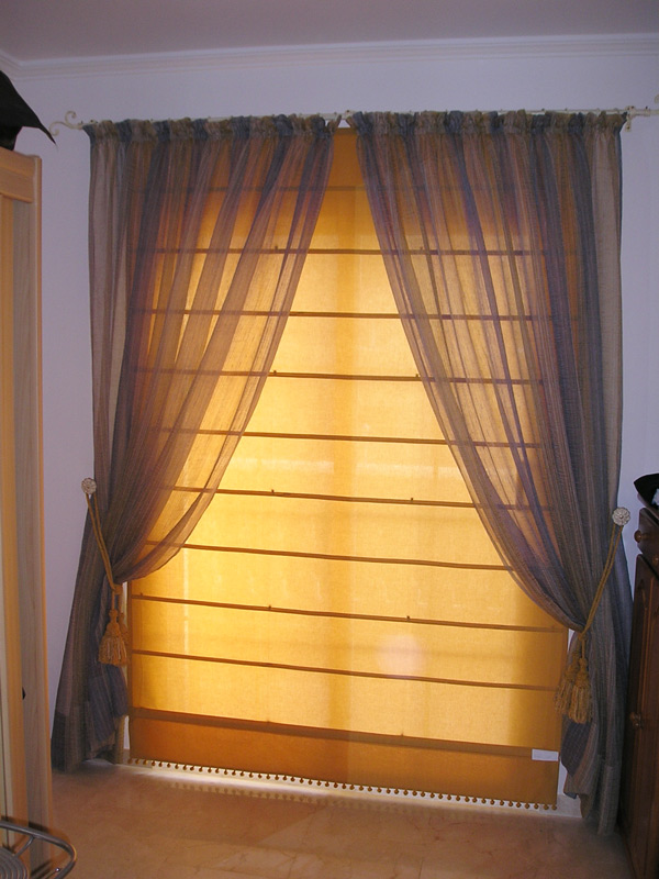 Estores narnia cortinas estor enrollable paneles decoraci 243 n para salones modernos cortinas - Estor y cortina ...